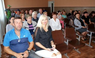 Мэр Каменского Андрей Белоусов представил в должности нового директора автотранспортного предприятия - ФОТО