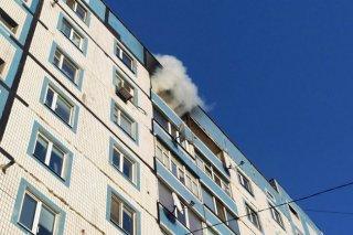 В Каменском вспыхнул пожар: загорелся балкон - ФОТО