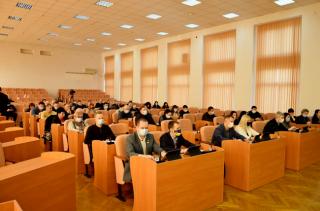 У Кам'янському відбулася сесія міської ради - ФОТО