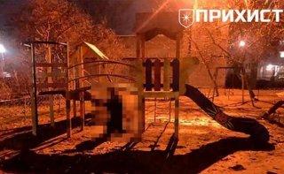 На Днепропетровщине повесился мужчина - ФОТО