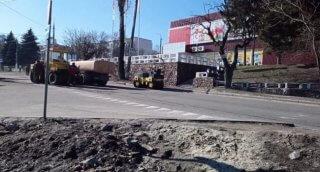 В Каменском начали ремонт дорог - ФОТО