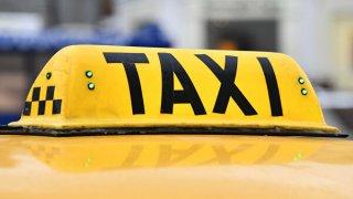 В Днепре пьяная компания избила и похитила таксиста - ФОТО