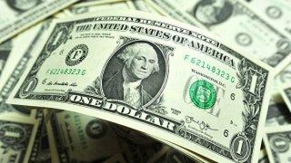 Официальный курс доллара на 19 марта - ФОТО
