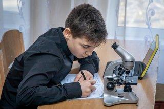 Почти 80 школ и лицеев Днепропетровщины получили современное оборудование для кабинетов и STEM-лабораторий - ФОТО