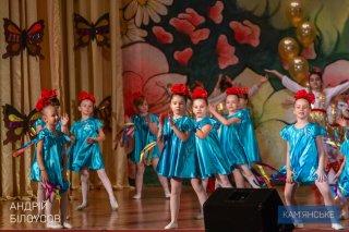 Сотрудниц «ДнепрАзота» поздравили с праздником весны - ФОТО