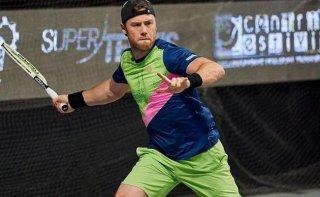 Теннисист из Каменского успешно стартовал в турнире в Бьелла - ФОТО