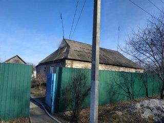 На Днепропетровщине пылала крыша дома (фото) - ФОТО