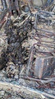 Под Днепром сгорел внедорожник: внутри нашли труп мужчины (фото 18+) - ФОТО