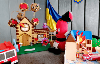 В Каменском определены лучшие работы городского этапа детского конкурса творчества - ФОТО