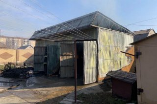 На Днепропетровщине загорелся гаражный бокс (фото) - ФОТО