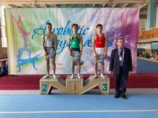 Каменчанин - призер чемпионата Украины по прыжкам на акробатической дорожке - ФОТО