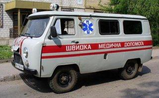 На Днепропетровщине спасатели помогли госпитализировать женщину весом около 250 кг - ФОТО
