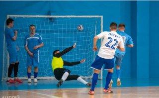 В Каменском состоялись финальные игры за «Кубок городского головы -2021» по мини-футболу - ФОТО