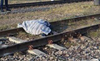 На Днепропетровщине поезд сбил женщину - ФОТО
