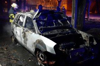 На Днепропетровщине сгорел автомобиль Hyundai Tucson (фото) - ФОТО