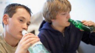 На Днепропетровщине двух пьяных школьников госпитализировали в реанимацию - ФОТО