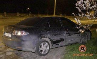 В Днепре Mazda столкнулась с фурой (видео) - ФОТО
