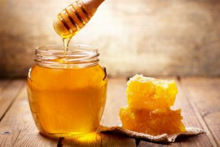 Врачи назвали последствия регулярного употребления меда - ФОТО