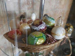 В Музее истории Каменского открылась пасхальная выставка - ФОТО