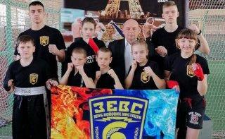 Кикбоксеры Каменского на чемпионате Украины завоевали 15 медалей - ФОТО