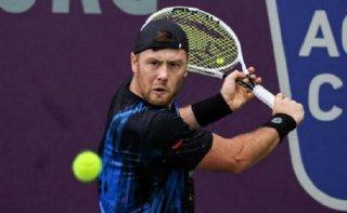 Теннисист из Каменского вылетел из теннисного турнира в Испании - ФОТО
