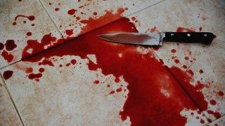 На Днепропетровщине мужчина пытался зарезать себя - ФОТО