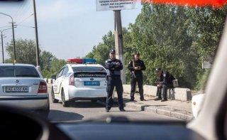 В Днепре из грузовика украли полмиллиона гривен - ФОТО