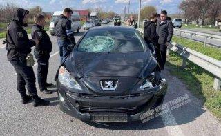 На Днепропетровщине женщина за рулем Peugeot сбила двух детей - ФОТО