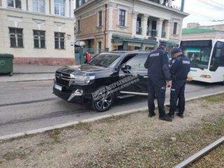 Стрельба в Днепре: убит водитель Land Cruiser (фото) - ФОТО