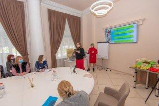 """ГО """"Фонд розвитку Кам'янського"""" з аншлагом провів майстер-клас """"РАСпрекрасні діти"""" - ФОТО"""