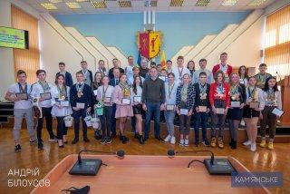 В 2021 году 30-ти ведущим спортсменам Каменского назначена городская стипендия - ФОТО